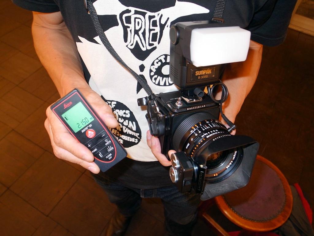 Leica Entfernungsmesser Disto D2 : 本家 tokyo camera style shinya arimoto website